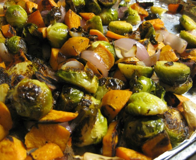 Balsamic and Garlic Roasted Brussels Sprouts, Sweet Potatoes, and Onions