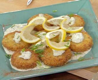 Cod and Potato Cakes with Lemony Tartar Sauce
