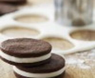 Chocolate Vanilla Sandwich Cookies