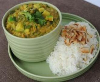 Red Lentil Curry with Fragrant Rice