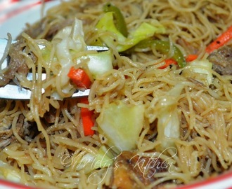 Bihon with Roasted Chicken