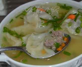 Molo Soup ( Filipino Wanton Soup)