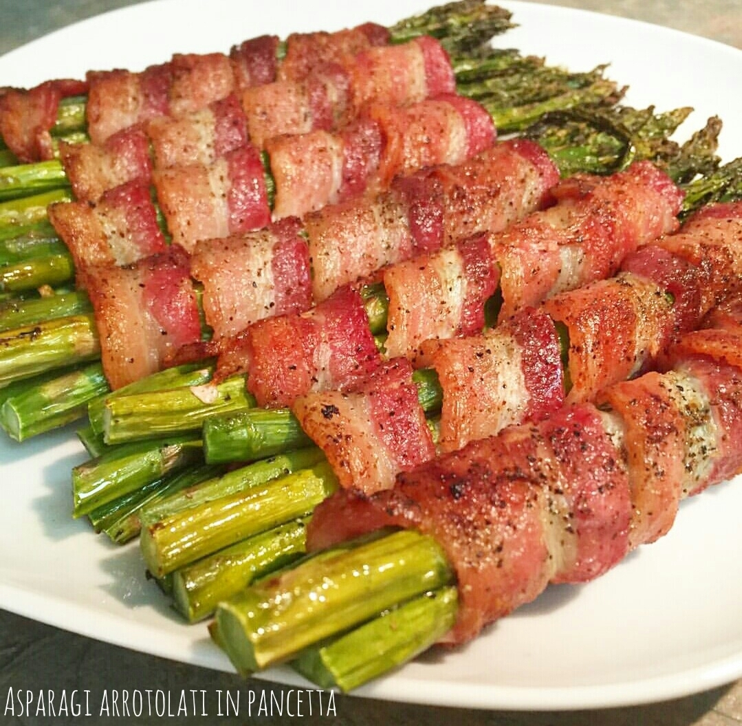 Asparagi arrotolati in pancetta – Bacon wrapped asparagus