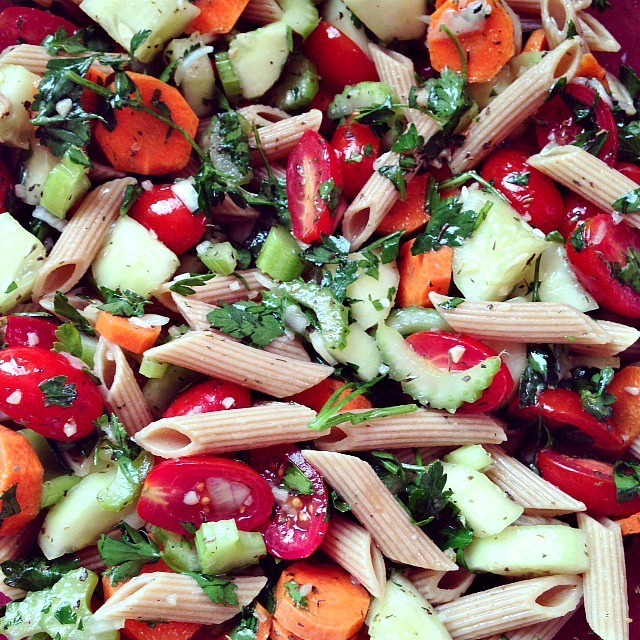 Vegetable Herbed Pasta Salad with Homemade Dressing – Fresh and Versatile