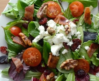 Bacon Walnuts Winter Salad Recipe