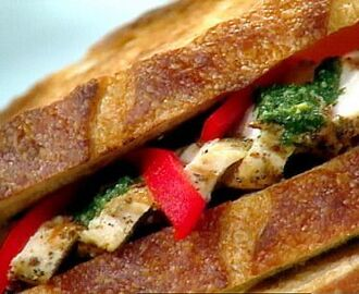 Chicken, Roasted Pepper, and Pesto Sandwich
