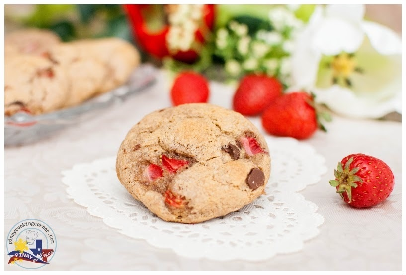 Whole Wheat Strawberry Chocolate Chip Cookies