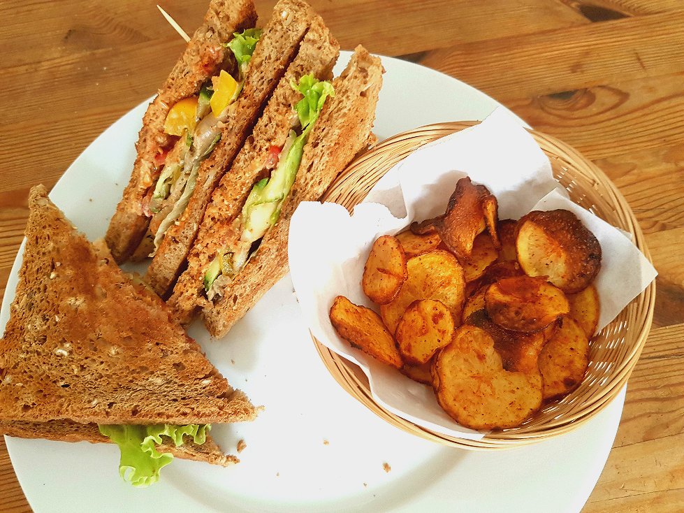 Veganes Club Sandwich