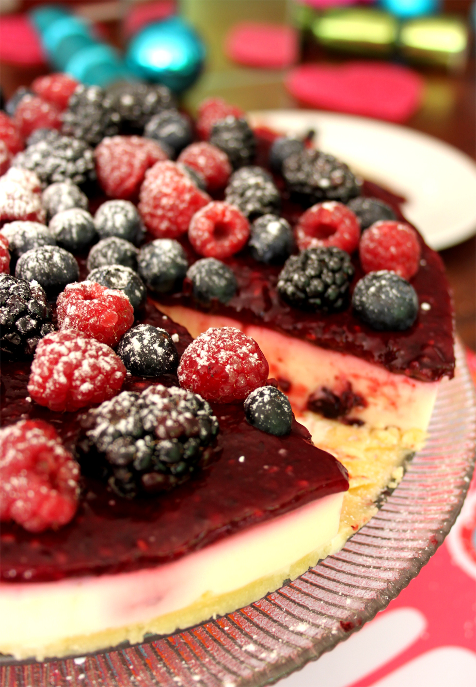 Mixed Berry & Sour Cream no-bake Cheese Cake