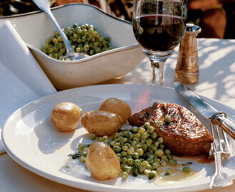 Grilled duck breast with minted peas