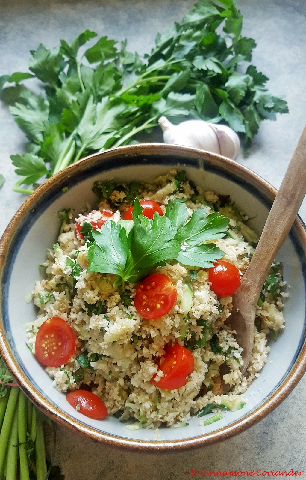 Cauliflower Rice Tabbouleh – Low Carb & Paleo