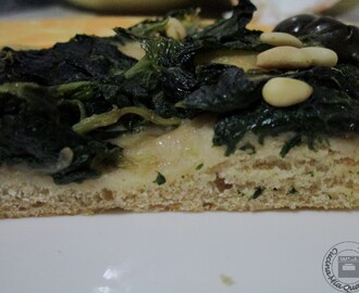 Pizza integrale con le verdure
