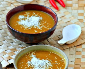 Spicy Coconut Pumpkin Soup