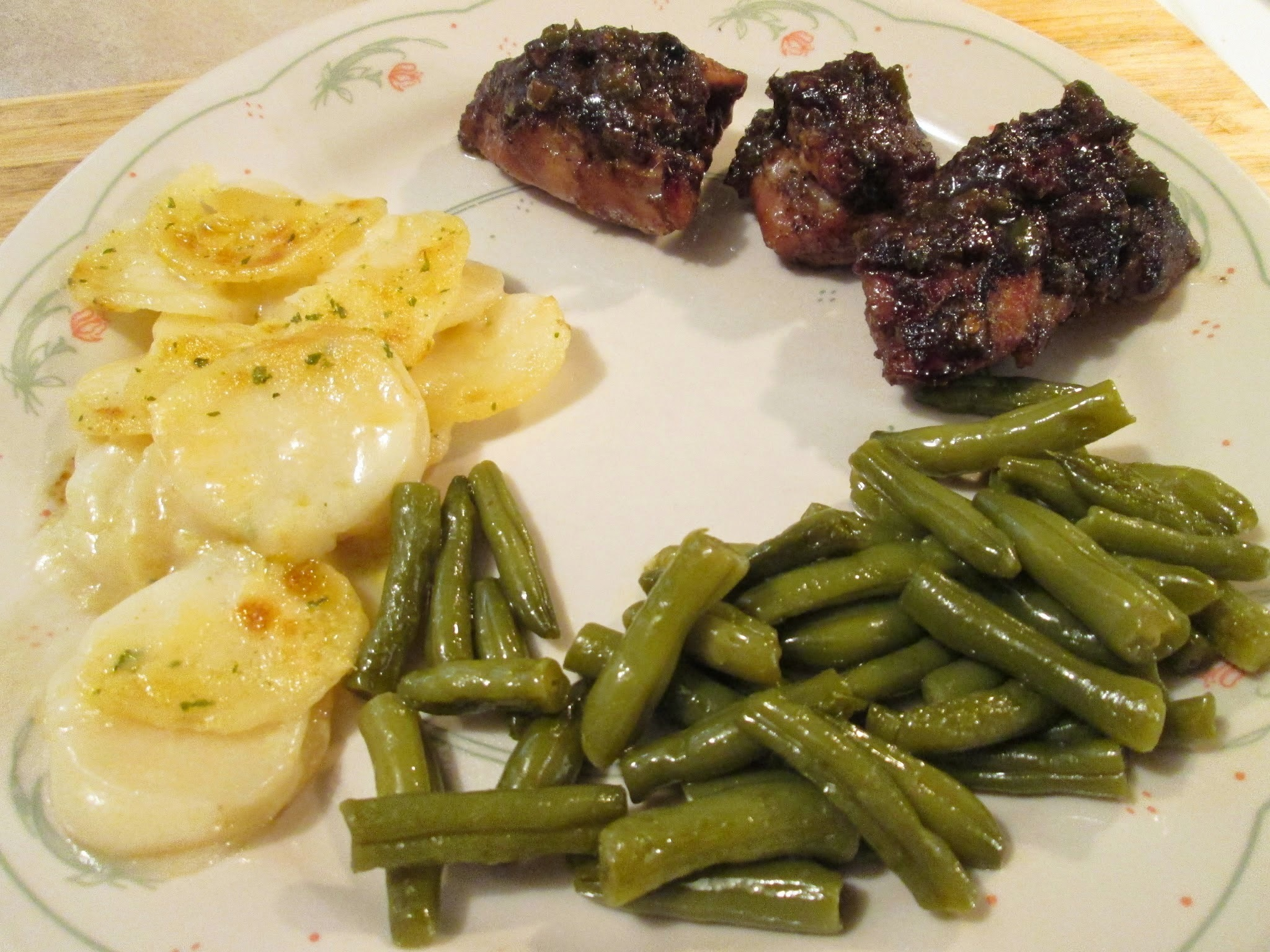 Honey-Ginger Chicken with Lime w/ Scalloped Potatoes and Cut Green Beans