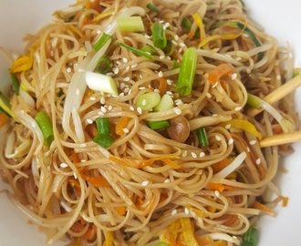 Vegetarian Chow Mein – better than Take-Out