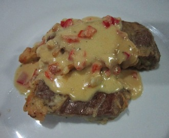 TUNA FILLET with GARLIC & RED BELL PEPPER WHITE SAUCE