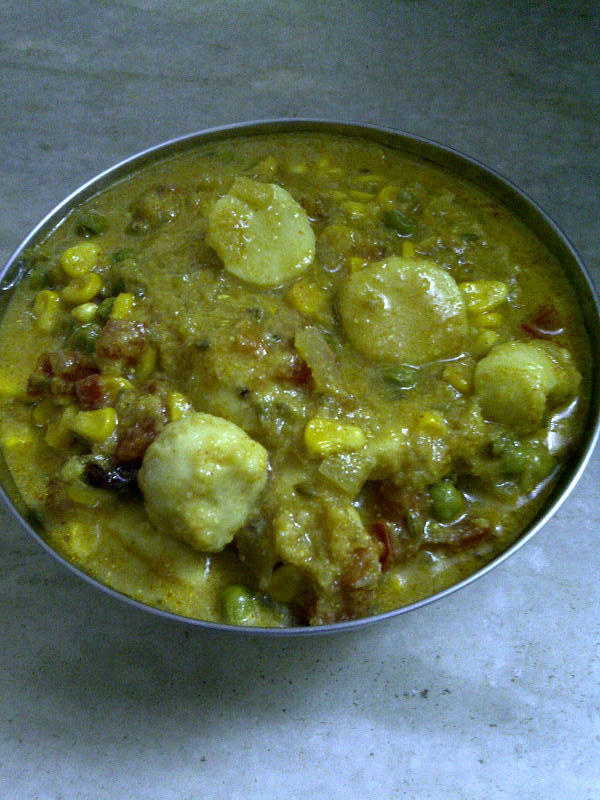 Colocasia with Green Pea & Corn, The Indian Way