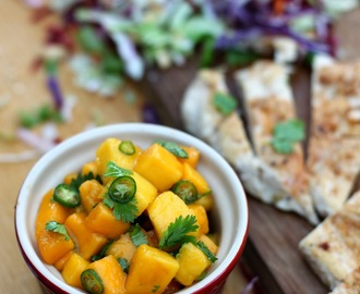 Spicy Mango & Chicken Salad