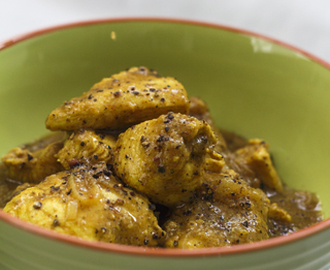 [indisch] Hyderabadi Kali Mirch ka Murg – pfeffriges Hühnercurry