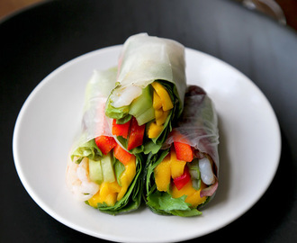 Mango and shrimp summer rolls