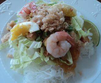 Pansit Palabok (Noodles in Shrimp, Smoked Fish and Annatto Sauce)