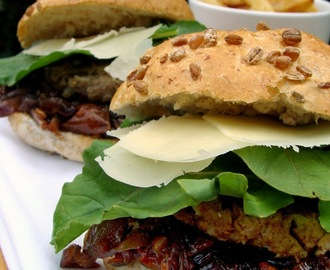 Mediterranean Beef Burgers with Caramelised Red Onion