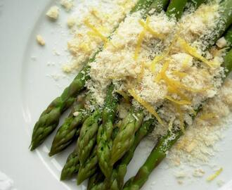 The Secret Recipe Club: Fresh Asparagus with Lemon Crumbs