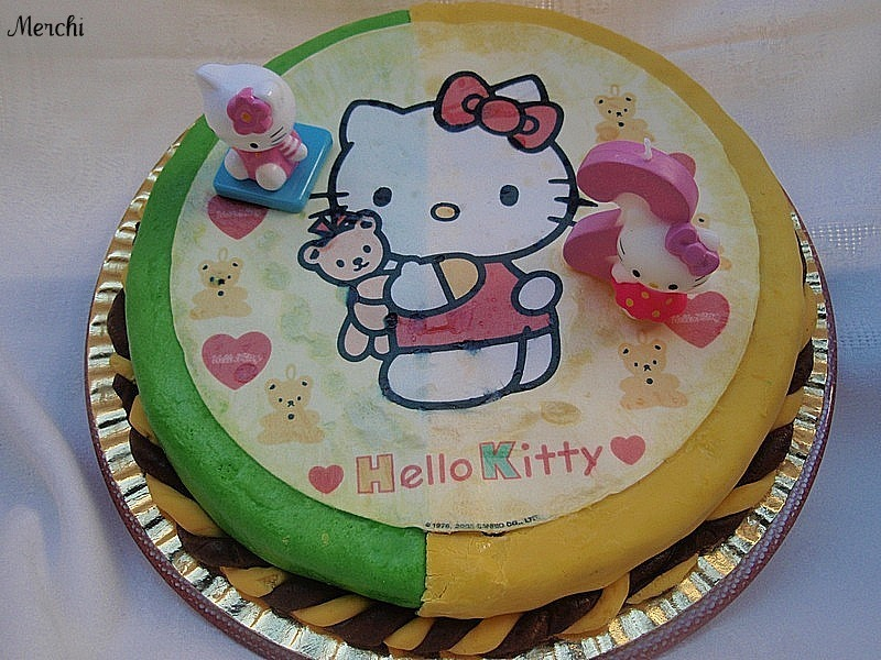 Tarta fondant Hello Kitty