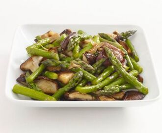 Asian Asparagus and Mushrooms