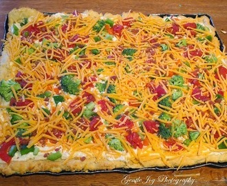 Salad Pizza As A Meal