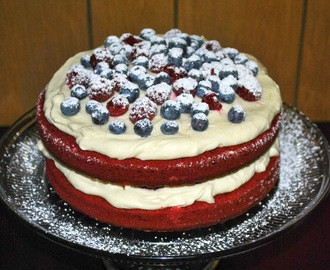 Christmas Series: Naked Red Velvet Cake with Berries