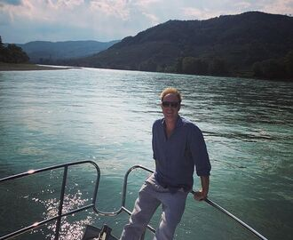 Boat tripping and wine tasting in beautiful Wachau. #winetasting #boattrip #wachau #austria