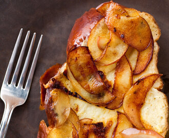 Apple-Gruyère French Toast With Red Onion