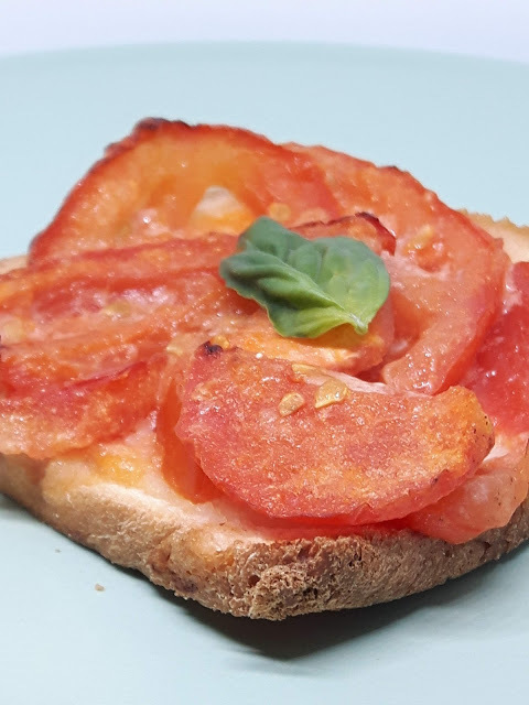 "Pizza-Toast  ""Pizza ""Margherita"""
