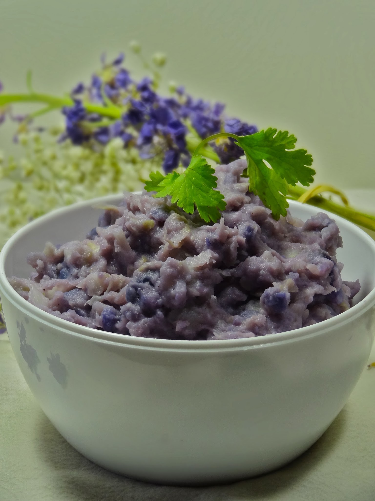 Mashed purple potato with cabbage
