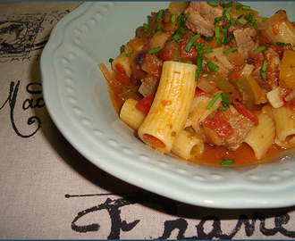 Beef pasta with peppers