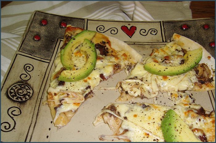 Biltong and avo pizza