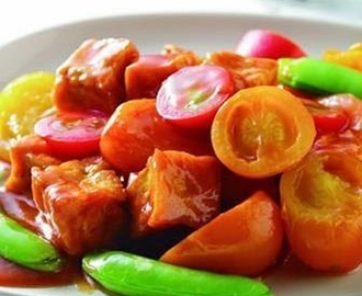 Color tomato braised tofu
