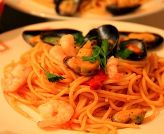 SAWCLicious Recipes: Spaghetti with Mussels & Shrimps in Tomato Sauce