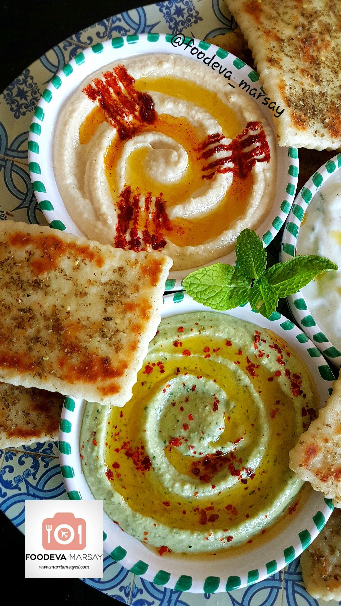 Hummus Variations and How To make Fork Impressions of Paprika/Spice on Hummus (Garnish Hummus)