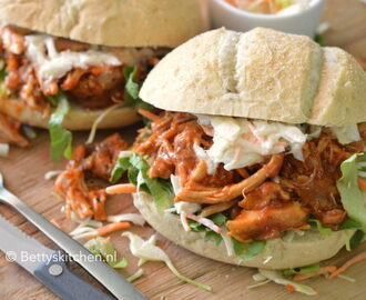 Pulled Chicken met BBQ saus (Video)