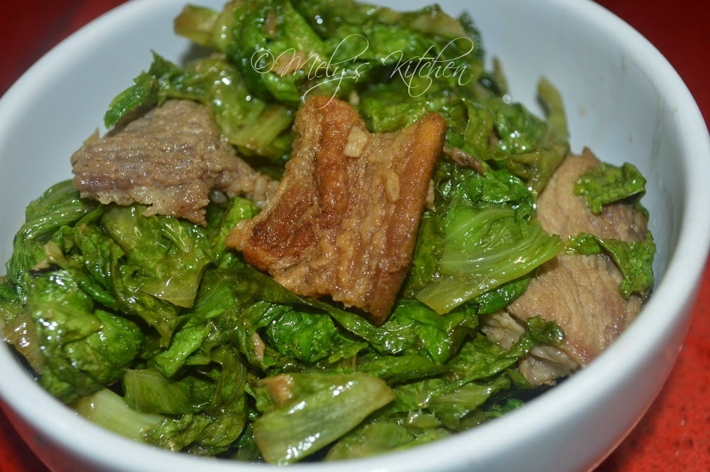 Sauteed Lettuce with Pork