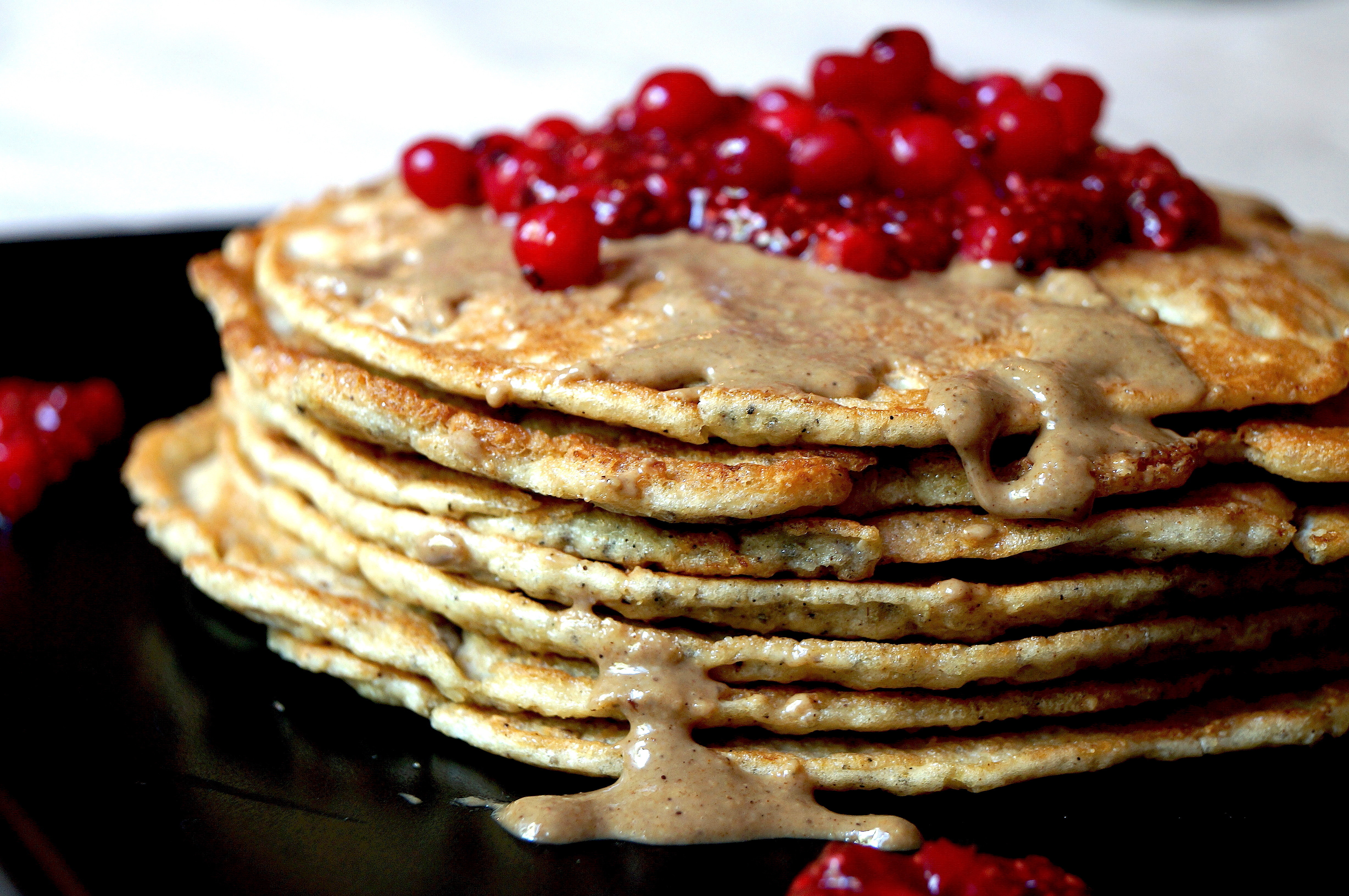 Quinoa and almond pancakes with cardamom