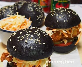 Crispy Chicken Black Burger