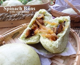 菠菜沙葛包(Spinach buns with yam filling )