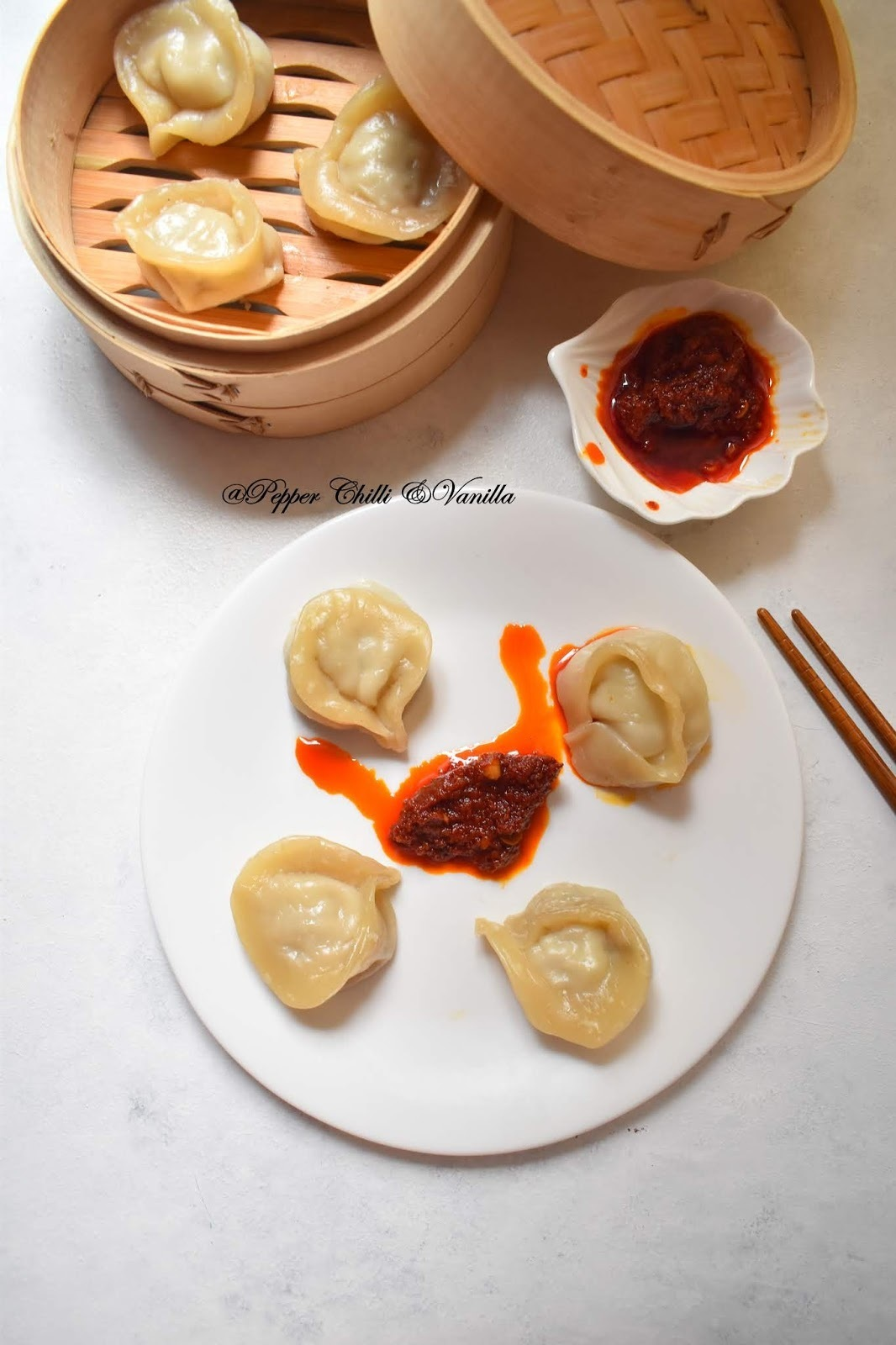 Chicken Momos/Steamed Chicken Momos/Dimsums