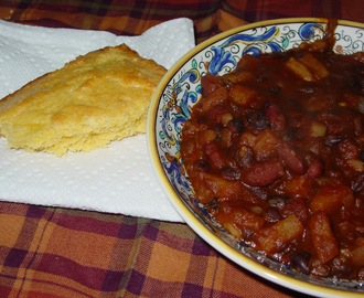 No Meat Chili and Pineapple Cornbread