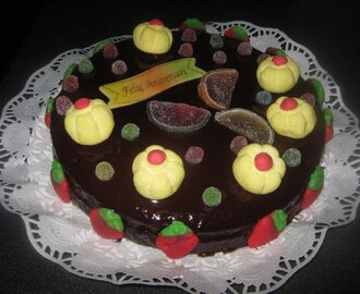 Tarta de chocolate con chuches