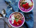 Let's talk about Protein Powders! / Protein Rich Smoothie Bowl with Strawberry & Granola