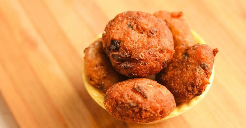 Nutritious sweet banana cutlet is a perfect evening snack